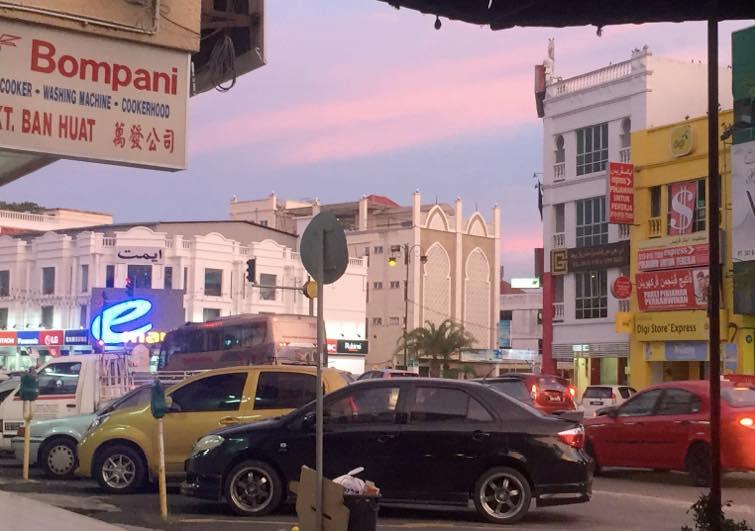 pasar un dia en kota Bharu