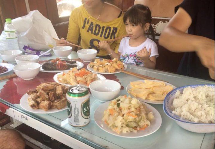 comida tour bahia halong