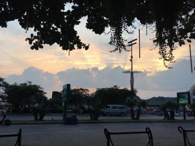 isla de cat ba bahia halong vietnam