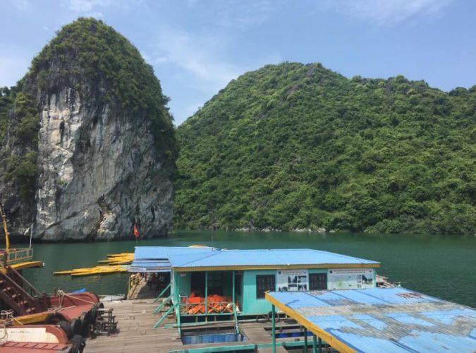 kayak bahia de halong vietnam