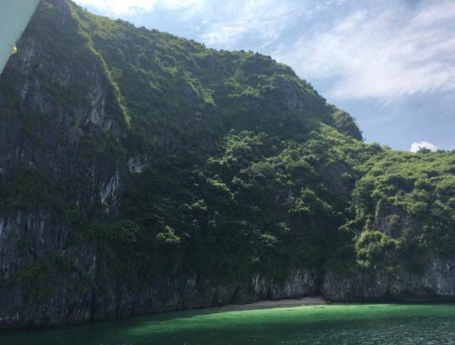 snorkel tour bahia halong vietnam