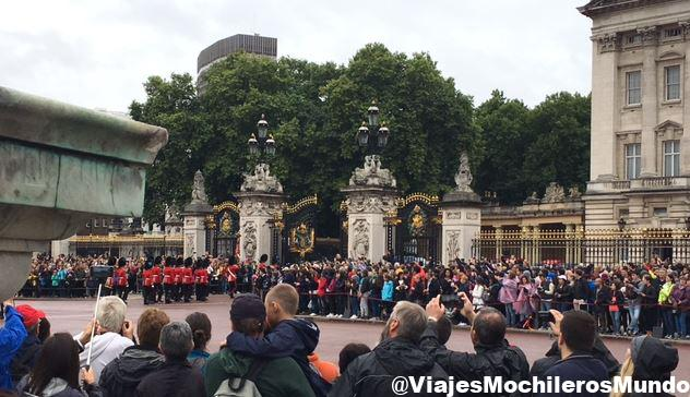 buckingham cambio de guardia londres