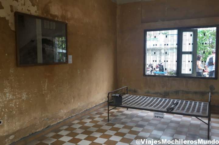 habitaciones prision s21 camboya