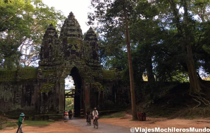 puerta de la victoria angkor thom