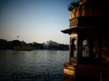 lagos de udaipur en india